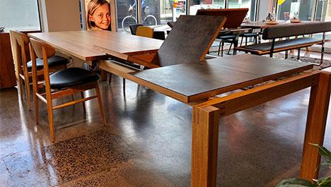 TEAM7 Magnum Table